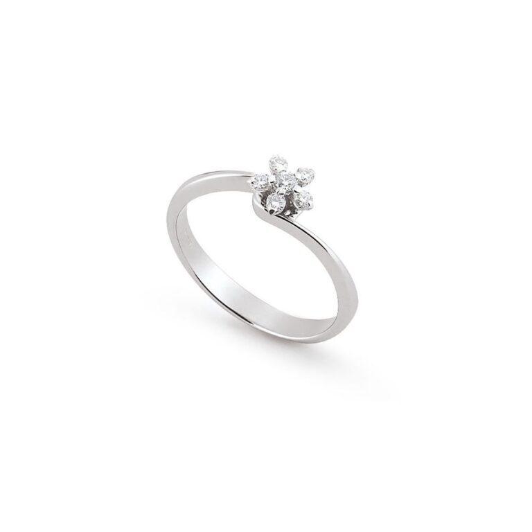 Anello Artlinea in Oro Bianco con Diamanti - Stella - AD134-LB