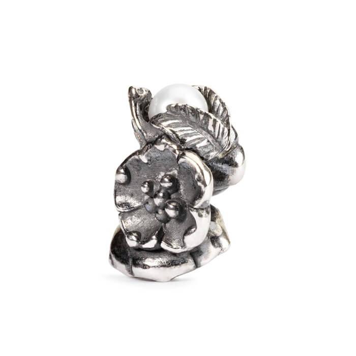 Beads Trollbeads Fragola Fiorita di Maggio in Argento con Perla - 51742