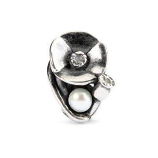 Beads Trollbeads Papavero d'Agosto in Argento con Perla - 51745