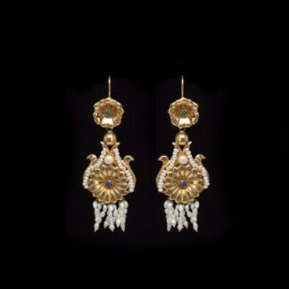 Orecchini a Pendenti in Oro Giallo e Perle - Stile Antico - 131250